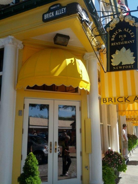 Foodie Tales Brick Alley Pub Restaurant Newport Rhode Island